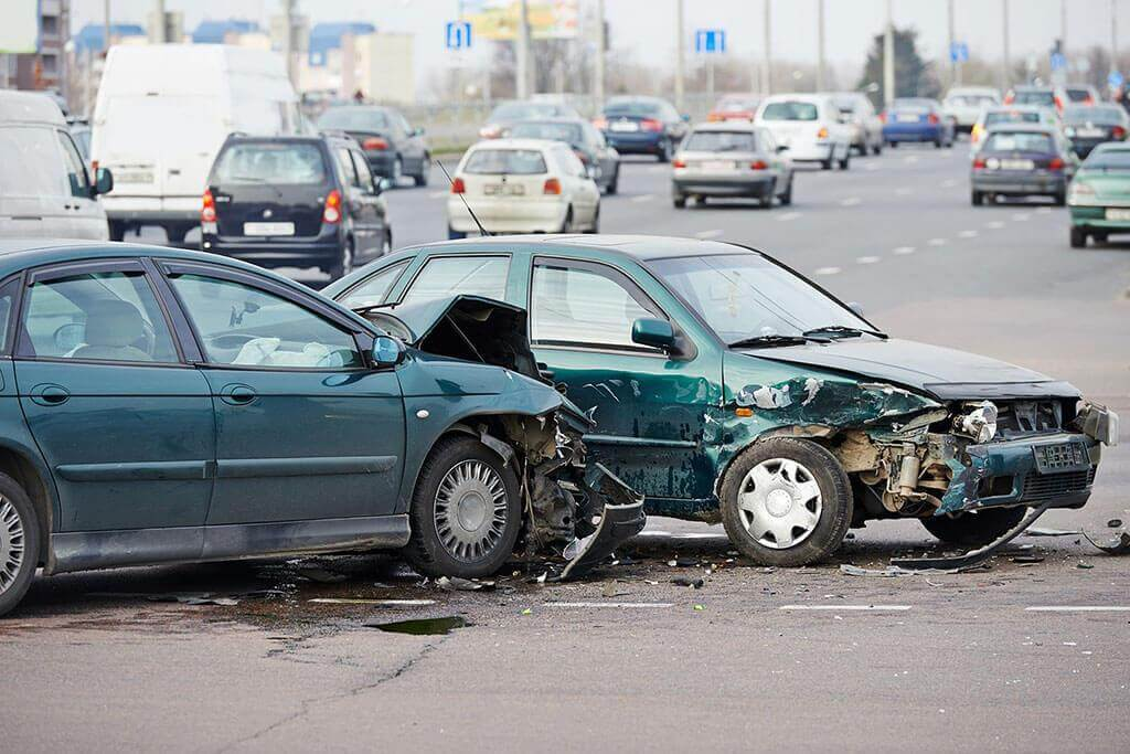 Tampa Car Accident Lawyers - Abrahamson & Uiterwyk